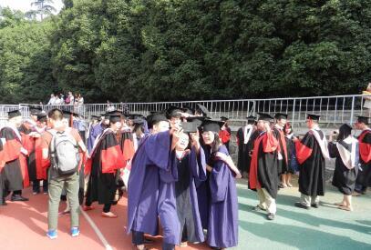 大数据描绘高校毕业生众生相  毕业去向更分散