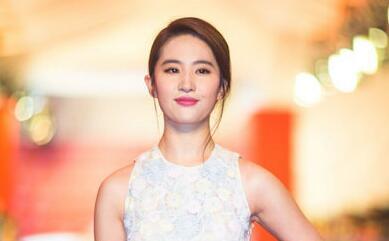 刘亦菲确定饰演迪士尼真人版《花木兰》
