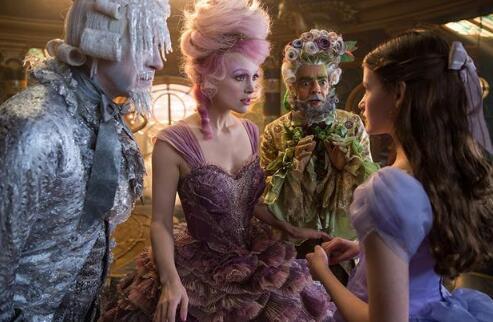 迪士尼的《胡桃夹子与四个王国》首曝预告 童话世界奇幻美丽