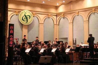 大型民族管弦音乐会《春和景明——戏曲音乐作品音乐会》献演