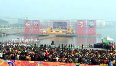 """安徽各地景区加快文化和旅游融合 """"五一""""期间旅游收入134.44亿元"""