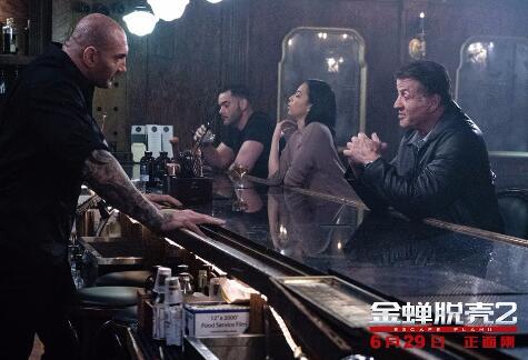"""好莱坞越狱动作巨制《金蝉脱壳2》今日曝光""""最强后盾""""版特辑"""