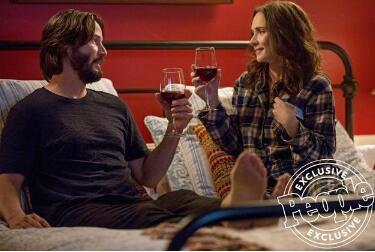 喜剧片《婚礼冤家》发布特辑 里维斯和薇诺娜·瑞德第四度合作