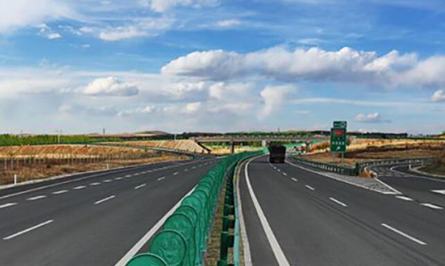 拉萨至日喀则机场段高等级公路开工