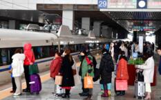 1316.9万人次--中国铁路旅客发送量创春运单日新高
