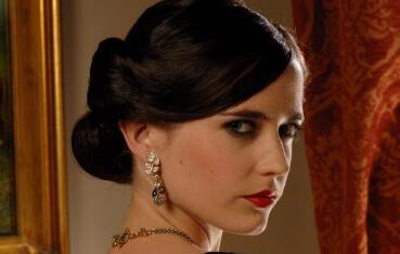 """007是否该让女性来演?前""""邦女郎""""回应"""