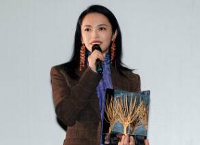 姚晨出席意大利远东电影节 获金桑树杰出成就奖