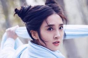 """《诛仙》曝角色特辑 唐艺昕挑战""""花式""""威亚"""